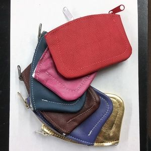 Accessories - Quality Leather Medium Zip Coin Pouch